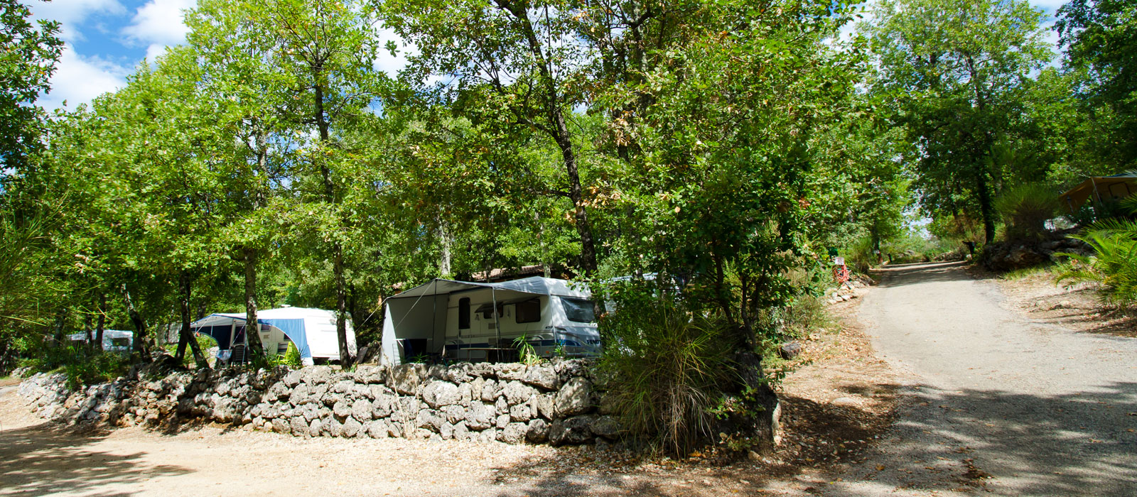 Emplacement hebergement camping la Tuquette