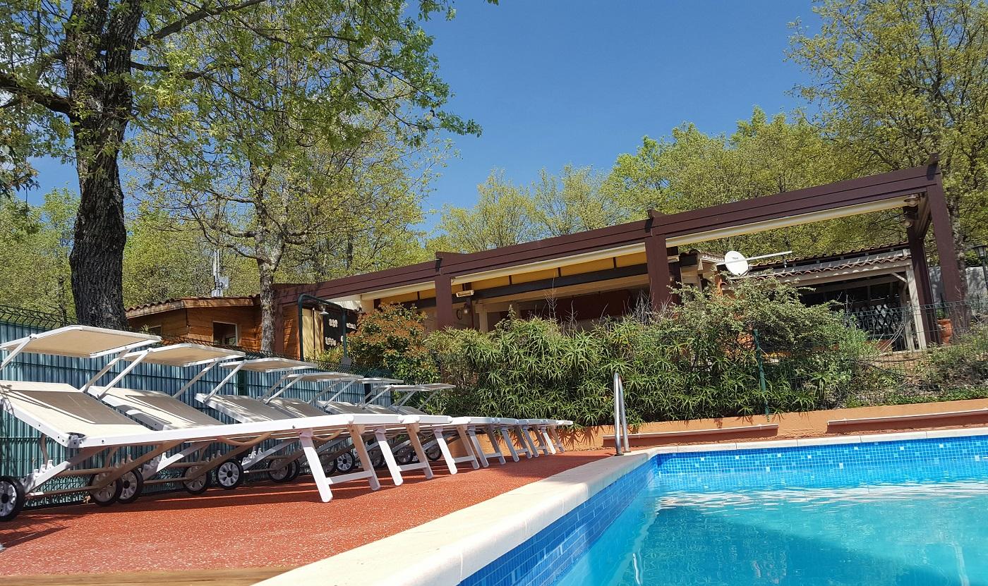 Camping la tuquette camping naturiste var espace aquatique - Camping dans le var avec piscine ...